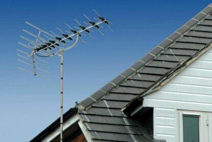 SLx 48 Element TV Aerial Kit Mounted on Roof